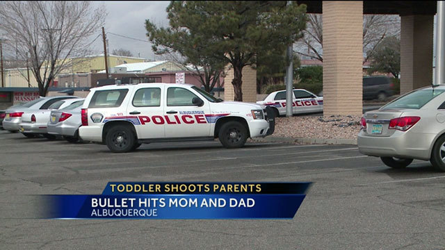 3-year-old accidentally shoots dad, pregnant mom