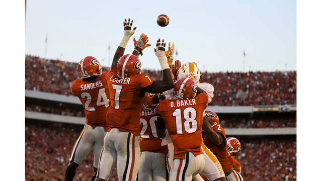 Vols cap stunning comeback with last second Hail Mary