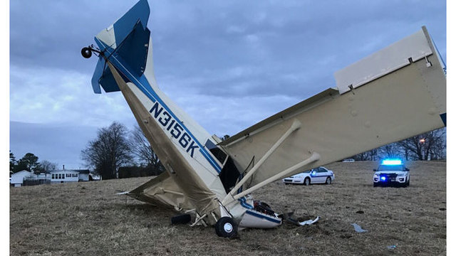 Pilot injured after small plane crashes in Carthage
