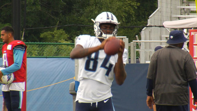 Is the Titans offense set to go off with return of WR Davis?