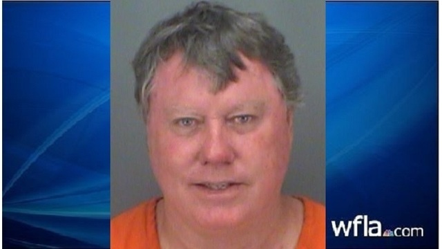 Florida man arrested after lying about Hooters sign falling on foot, detectives say