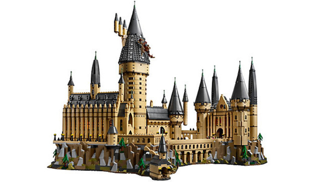 Lego introduces 6,000 piece Harry Potter Hogwarts castle