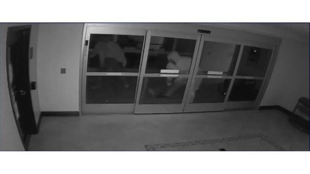 Police in Spring Hill, Columbia investigating string of smash-and-grab robberies