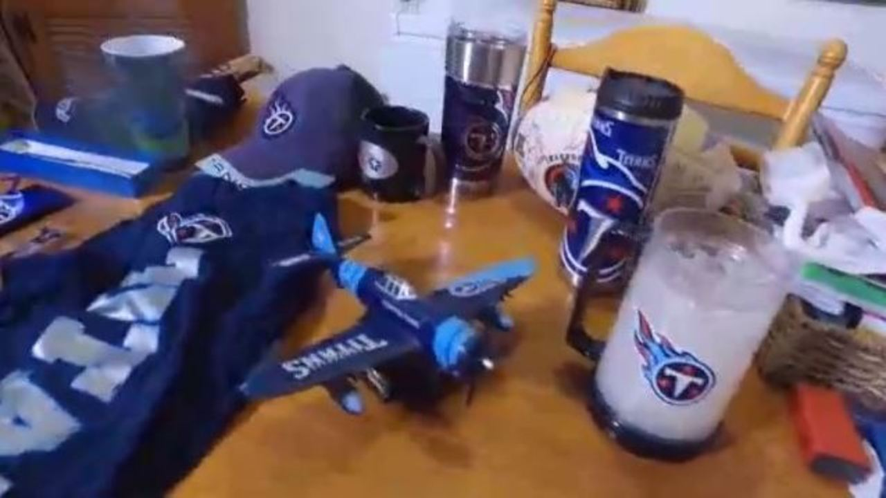Titans super fan lives in a house divided
