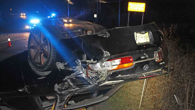 27-year-old man killed in early morning crash in Clarksville