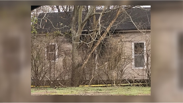 Body found in burning Marshall County home