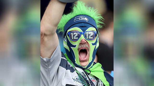 crazy fan seahawks_1556306537509.jpg.jpg